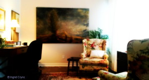 Toronto St Clair interior office - a relaxing Environment for therapy with Ingrid Cryns